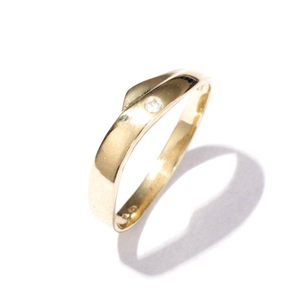 Zlatý prsten se zirkonem vel. 59