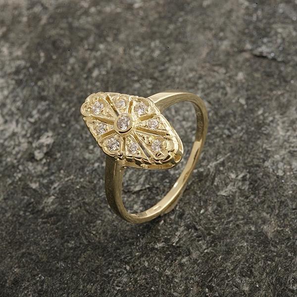 Zlatý prsten se zirkony vel. 54