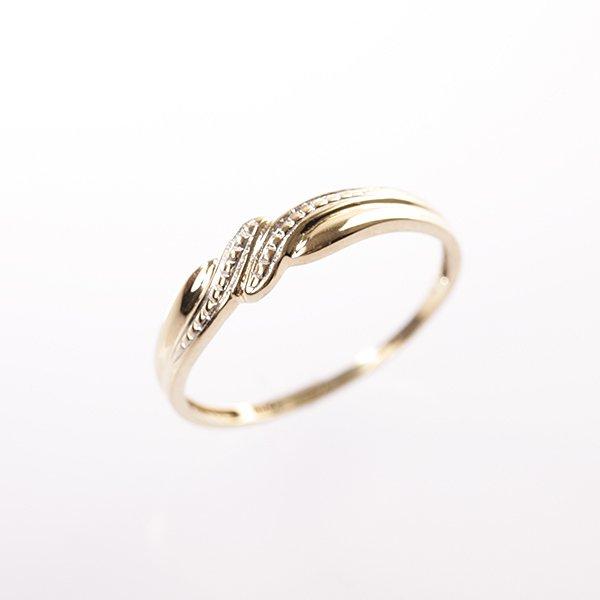 Zlatý prsten vel. 52