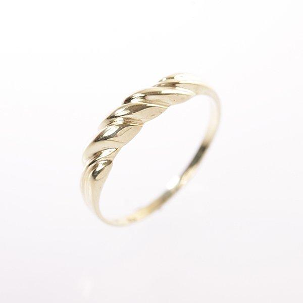 Zlatý prsten vel. 54