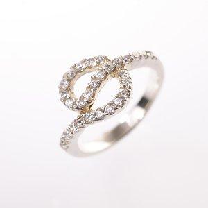Stříbrný prsten se zirkony vel. 53