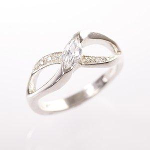 Stříbrný prsten se zirkony vel. 57